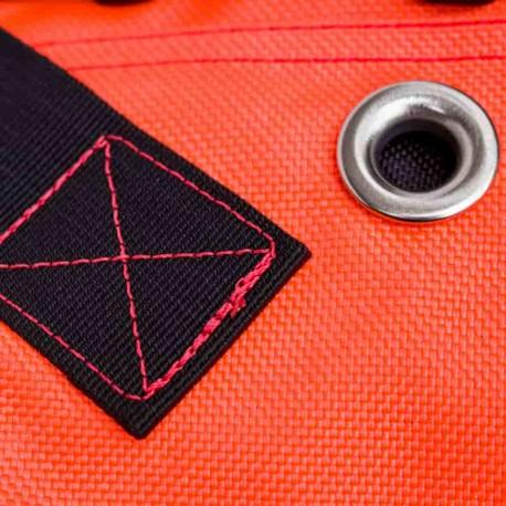Coutures renforcées sur le sac étanche submersible Infladry 50 HD